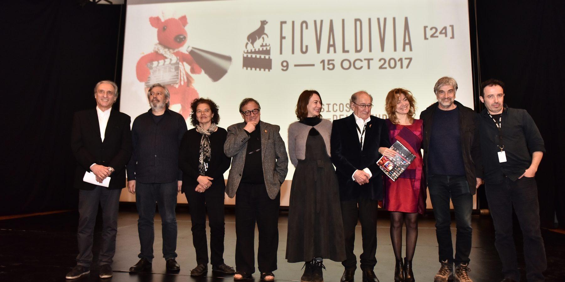 """24th FICValdivia screens """"La Telenovela Errante"""" by Raúl"""